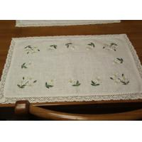 Quality Embroidered Patchwork White Cotton Tablecloths Rectangular With Logo Customized for sale