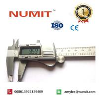 "Quality 0-200MM/8""Metal Casing Silver Electronic Digital Caliper With Battery 3V for sale"
