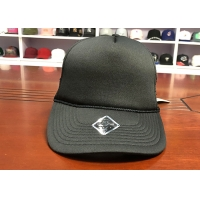 Quality Factory price customized  black 5panel foam back blank mesh trucker hats caps for sale