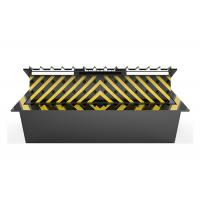 Quality Anti Vehicle Hydraulic Road Blocker With Spikes , 6 Meter Long Entrance Point for sale