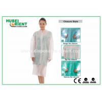 Quality Protective Clothing PP Disposable Lab Coats For Women , Disposable Coveralls With Zip for sale