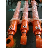 Buy cheap 440-00433 DX300 bucket Cylinder Doosan excavator spare parts cylinder head from wholesalers
