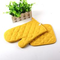Quality Yellow Color AZO Free Customized Logo Printed Kitchen Oven Mitts / Silicone Oven Glove for sale