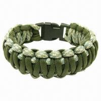 Quality Paracord bracelets, handmade, with 100% nylon holds up to 550lb for hiking or camping, MOQ is 50pcs for sale