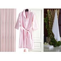Buy Jacquard Comfortable Hotel Luxury Bath Robes , Women's / Mens Luxury Towelling Bathrobe at wholesale prices