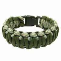 Quality Paracord Bracelet, Made of 100% Nylon, with 7 Strands, Hold Up to 550lbs, MOQ is 50pcs for sale