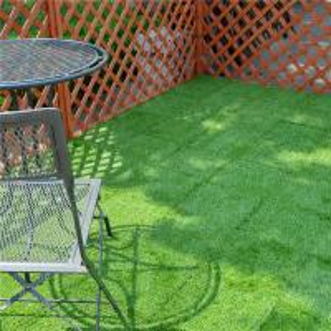China Outdoor Garden Decoration joint Tile Interlocking Artificial Grass deck Tile on sale