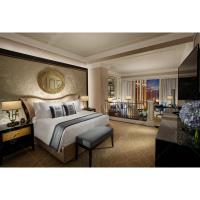 China Luxury Customized Hotel Bedroom Furniture Sets With Wooden Material on sale