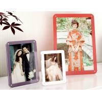 Buy colorful acrylic photo frames at wholesale prices