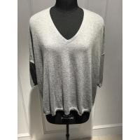 Quality Fashionable Spring Cashmere Sweaters / Women'S Grey V Neck Sweater 15DX001 for sale