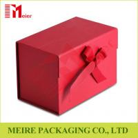Ribbon Bow Tie Magnetic Closure Cardboard Gift Packing box with red Panton printing