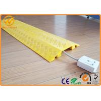 China Plastic Single Channel Indoor Cable Protector Ramp Light Duty 1000 * 250 * 45 mm on sale