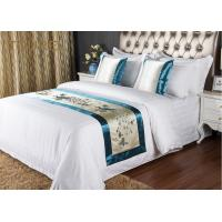 Quality 5 Star Quality Embroidery Hotel Bed Runners For Decorated Peacock Pattern for sale