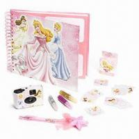 Quality Princess Photo Album and Camera Set, Plastic Sleeves for 40 Standard Photos for sale