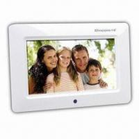 Quality 7-inch Digital Photo Frame with 480 x 234 Pixels Resolution and Full-functional Remote Control for sale
