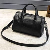 Quality Black Cross Body Real Soft Leather Handbags Large Capacity With Padded Nylon Lining for sale