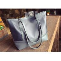 China Fashionable Canvas Tote Bags Custom Made Wear Resistant With Zippered Pocket for sale