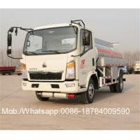 China 4x2 8000 Liters Capacity 3.856L Engine Liquid Tanker Truck Steering Wheel White Color on sale