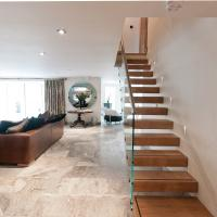 Buy cheap Solid Wooden Indoor Staircase Design with Anti Slip Tread from wholesalers