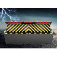 Quality Hydraulic Control  Security Road Blocker Spray Anti-Rust Paint  With  LED Light for sale