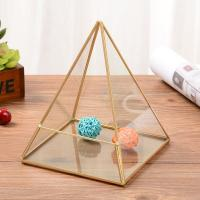 China Pyramid Geometric Glass Terrarium for Succulent Air Plant for sale