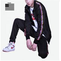 Quality Striped Design Mens Sports Tracksuits For Spring Customized Logo Anti Shrink for sale