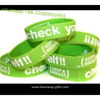 Buy customized fashion lover luminous custom 3D rubber silicone wristband/bracelets at wholesale prices