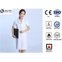 Quality White Disposable Medical Workwear 30g-60g Weight Excellent Clipping Well Fit for sale