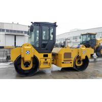 Quality 74.9kw Road Maintenance Machinery , Road Compactor Double Drum Vibratory Roller Xd82 for sale