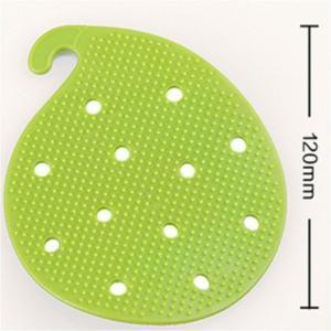 China Non Slip Heat Proof Mat Potato Cleaning Brush PVC 12 * 9.8 cm For Vegetable on sale