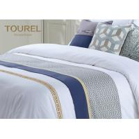 Quality Custom 3cm Stripe Hotel Bed Runners For Hotel Dubai Bed Sheet Set for sale