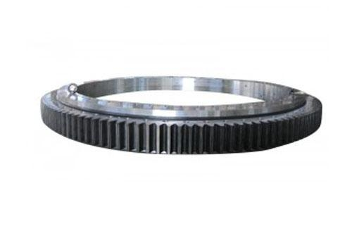 China Three Row Roller Slewing Bearing Outer Tooth