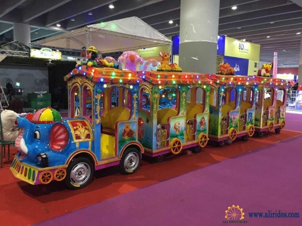 Buy 24 Persons Shopping Mall Outdoor Amusement Park Rides elepha at wholesale prices